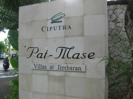 Pat-Mase, Villas at Jimbaran: Villa entrance