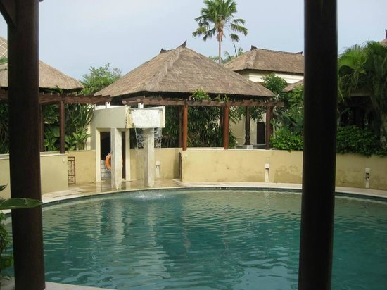 Pat-Mase, Villas at Jimbaran: Shared pool