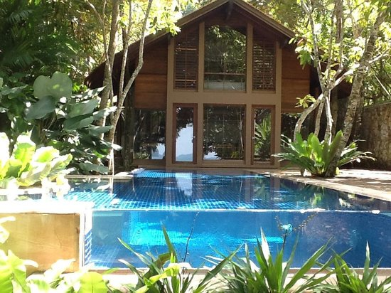 The Tubkaak Krabi Boutique Resort: ONE OF THE SUITE WITH PRIVATE POOL (not my room)