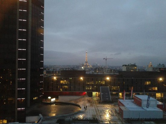 Hotel Arotel: Vista a Paris