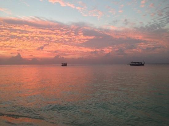 Ifja Inn : sunset