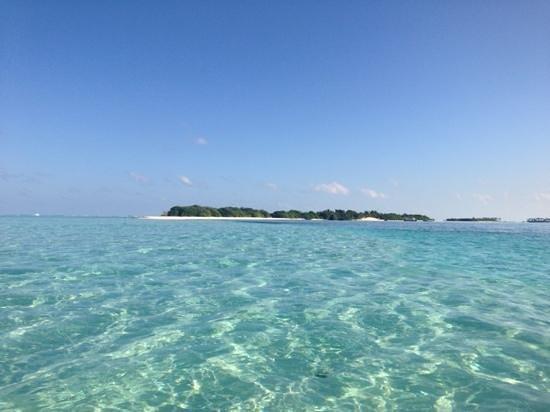 Ifja Inn: islands water walking 