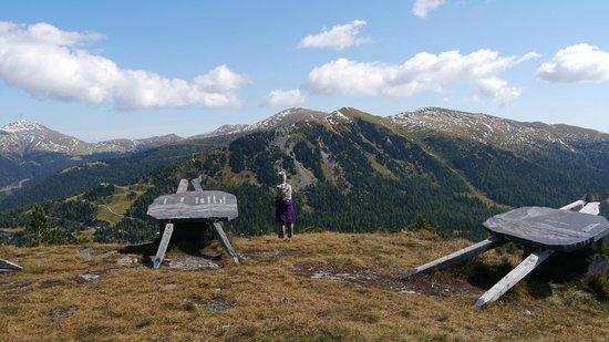 Hotel Kornock: Climbing mountains