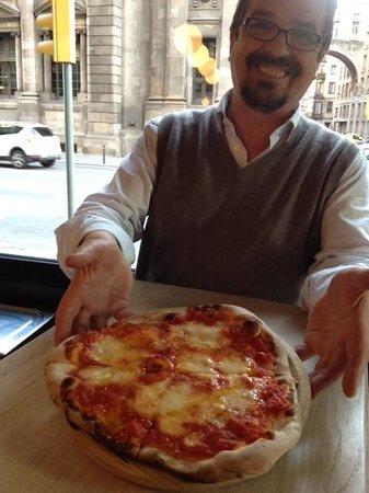 La Pizzaiola: FORNO A LEGNA! vera pizza italiana.