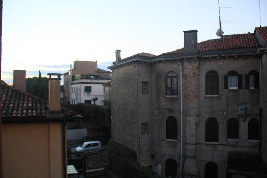 Hotel La Pergola di Venezia: Vue de la chambre