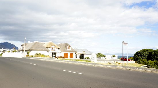 Hermanus Guesthouse: neighbourhood