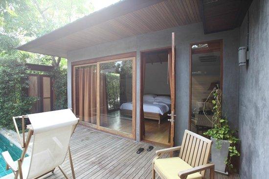 Tango Luxe Beach Villa: Vue de la chambre depuis la piscine privée (Junior Suite Pool)