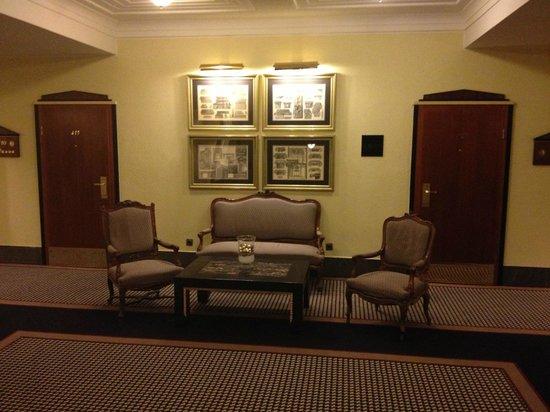 Le Meridien Grand Hotel Nurnberg: Hotelflur