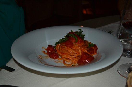 Ristorante Riserva di Fizzano : Pici pasta med tomater