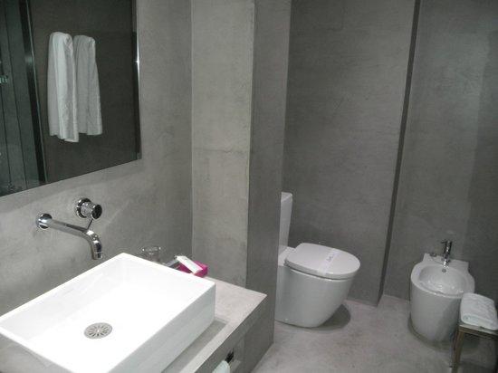 Hotel Zenit Conde de Orgaz: Baño