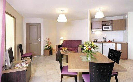 Garden & City Aix En Provence - Rousset : Park&Suites Village Rousset - 1-bedroom Apartment