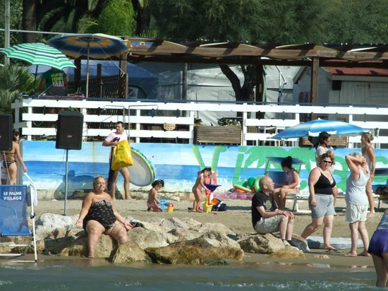 Camping Le Palme Village: пляж