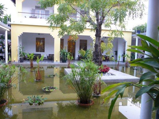 The Plantation Urban Resort and Spa : entrée hôtel