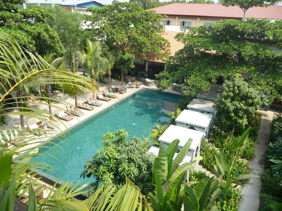 The Plantation Urban Resort and Spa: piscine