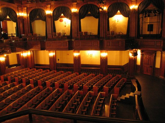 Dock Street Theater: Lovely and elegant theater