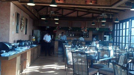 Pearl Lane Hotel: restaurant