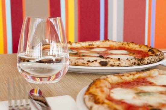 Northbeach Pavilion: 25cm Margherita Pizza