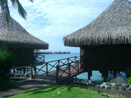 InterContinental Tahiti Resort & Spa: overwater bungalows