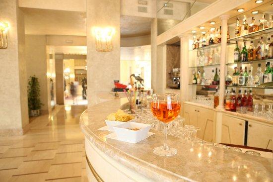 hotel vittoria brescia italie voir les tarifs 21 avis et 392 photos. Black Bedroom Furniture Sets. Home Design Ideas