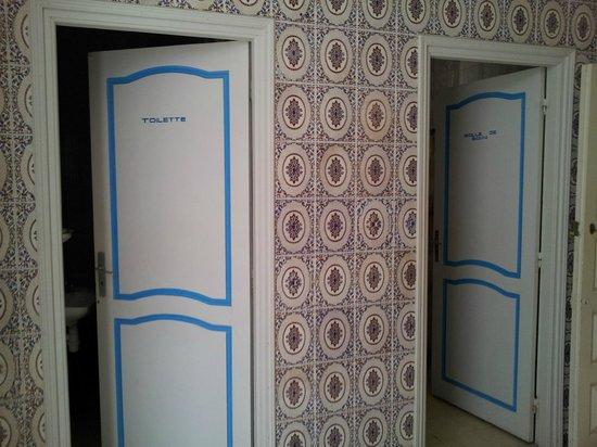 Inn El Medina : Bathrooms are shared but very clean