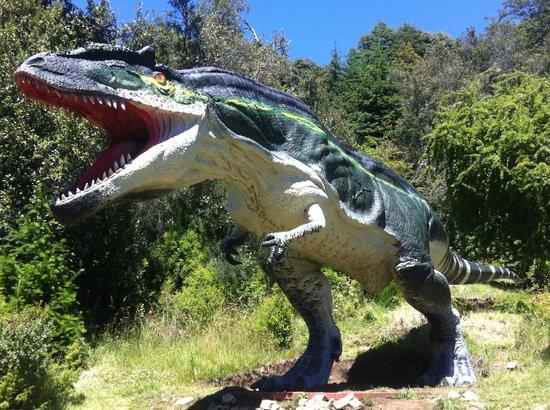 Parque Nahuelito: Giganoto más de 15 mts. de largo