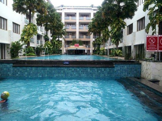 Aston Kuta Hotel & Residence: 12