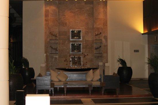 Hilton Phuket Arcadia Resort & Spa: ロビー