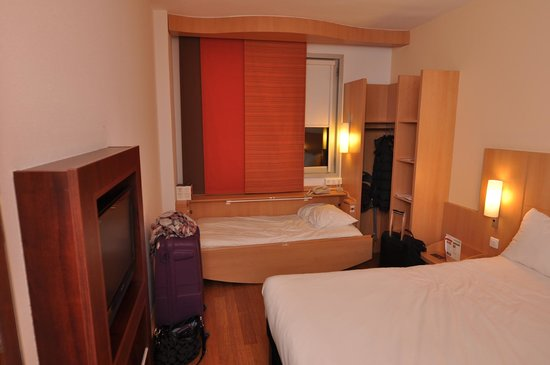 Ibis Barcelona Pza Glories 22: Room