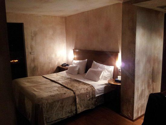 Hotel Astoria: Omega Room