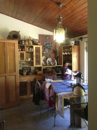 Jenna's River Bed and Breakfast: Beautiful dining room!