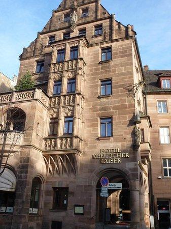 Deutscher Kaiser Nuremberg: здание отеля
