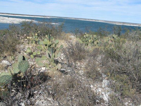 Amistad National Recreation Area: Nature trail at Diablo East