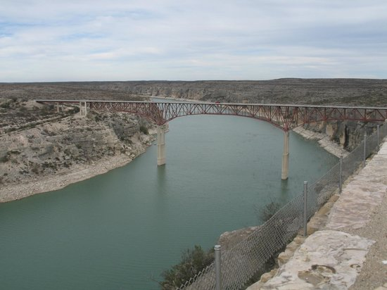 Amistad National Recreation Area: Pecos River fromt the overlook on the south/west side of the highway.