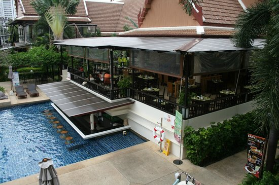 Deevana Patong Resort & Spa: kijk op ontbijtruimte