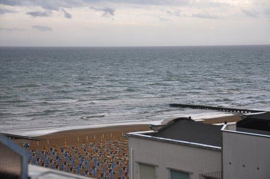 Hotel Adlon: Вид из номера!