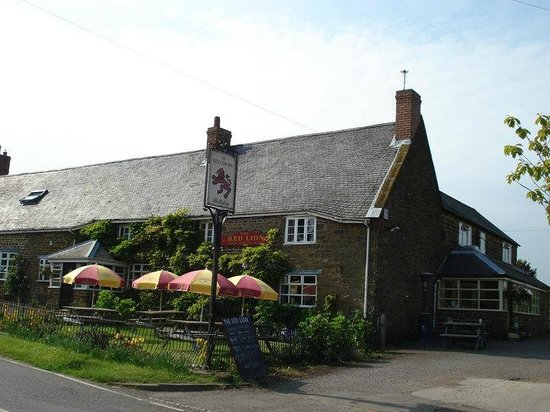 Photo of The Red Lion Hellidon