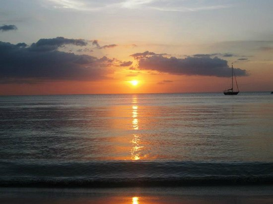 Sandals Negril Beach Resort & Spa: Beautiful sunsets every night