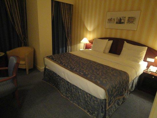 Le Chatelain Hotel: HABITACIÓN