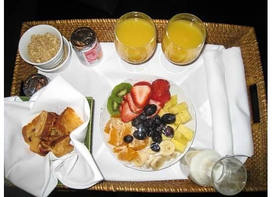 Inn at Desert Wind Winery: Breakfast each morning!