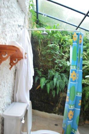 Sasaima, Colombie : Baño tipo griego natural!