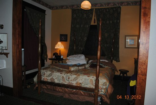 The Historic Occidental Hotel & Saloon and The Virginian Restaurant: This is the Cottonwood suite visited on a previous experience