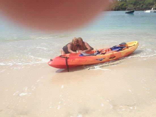 Kalinago Beach Resort: kayaks