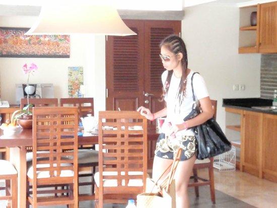 Bali Baik Villa & Residence: kitchen