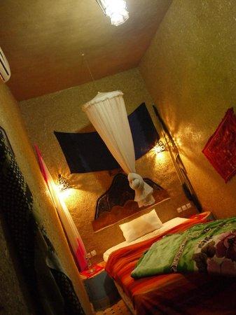 Riad Aicha: room