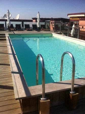 Hotel Almas: Zwembad