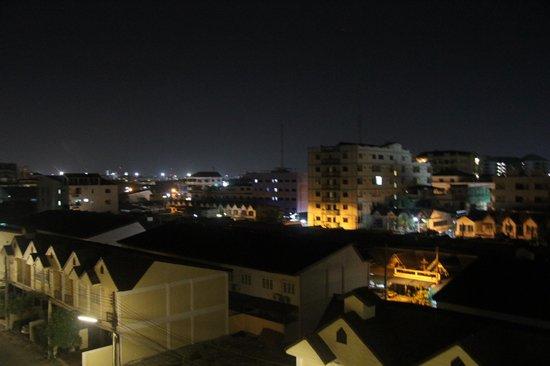 Golden Sea Pattaya Hotel: Вид из номера 3511 