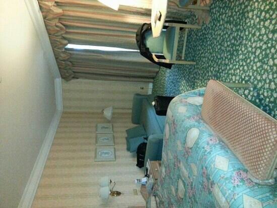 Disneyland Hotel: Chambre.