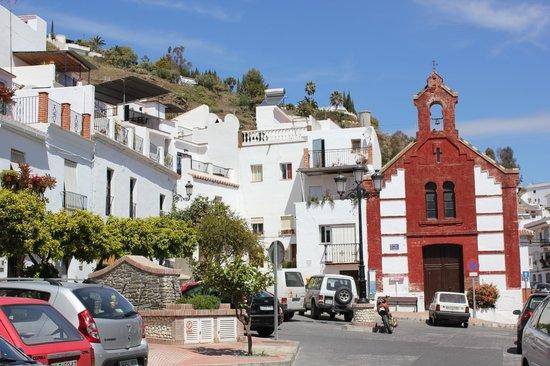 Hotel La Casa: village church