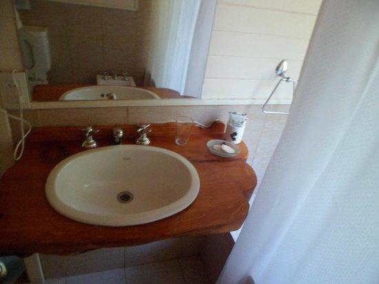 Hosteria Cohuel: Baño