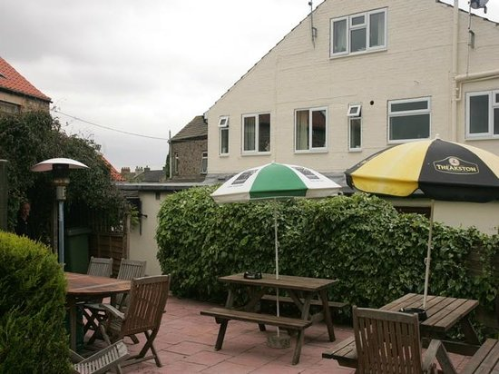 Countryman's Inn: Beer Garden